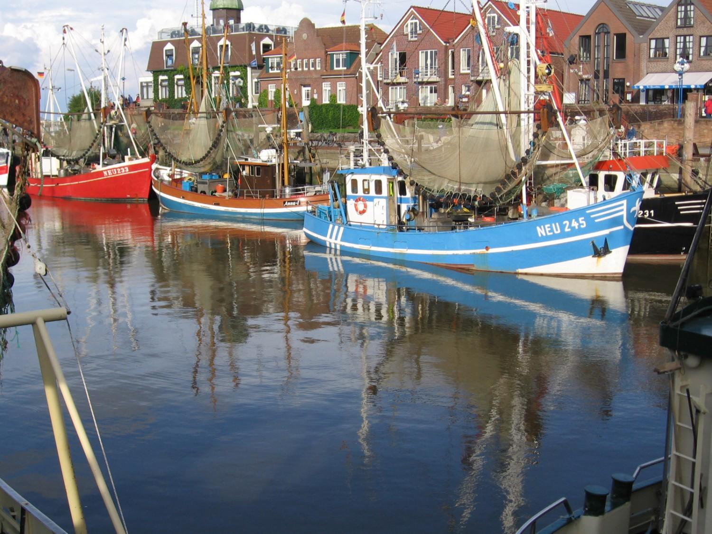 Ostfriesland: Neuharlingersiel: Hafen