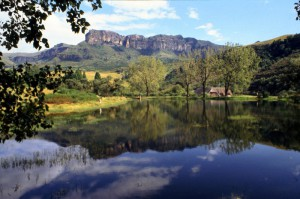 Südafrika Royal Natal National Park Teich Drakensberge