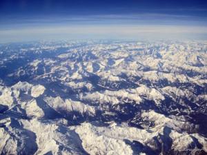 Flug in den Urlaub: Alpenüberquerung