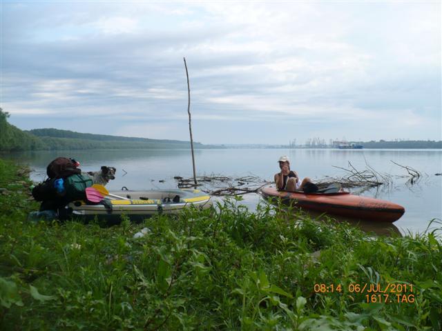 Stefan Hack auf Kajaktour im Donaudelta