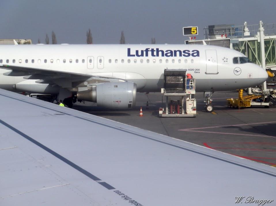 Lufthansa 0177 Flug Flugzeug Rumänien 2012 CIMG6161