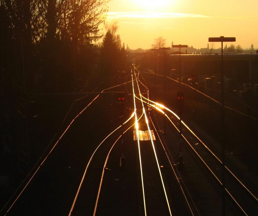 ausschnitt Brücke Bahnhof Dillingen Sonnenuntergang