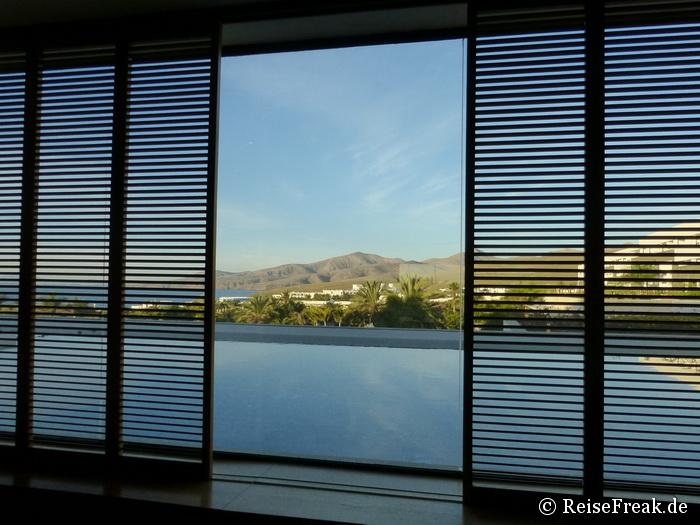 """Lanzarote: Blick aus der Hotellobby des """"Costa Calero"""" Richtung Süden"""