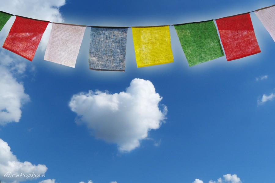 Prayers for NepalBy: Alice Popkorn - CC BY 2.0. Gefunden auf Flickr.com unter CC-Lizenz