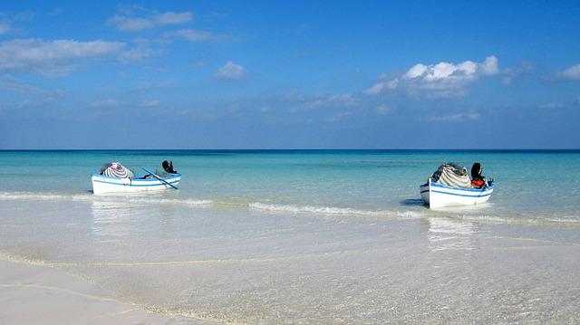 Strand in Tunesienneufal54 / Pixabay. Gefunden unter CC0 -Lizenz