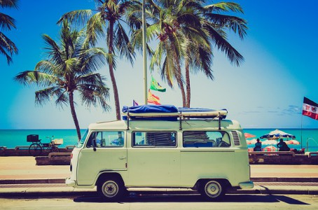 Mit dem Auto in den Urlaub.Photo by Unsplash (Pixabay)