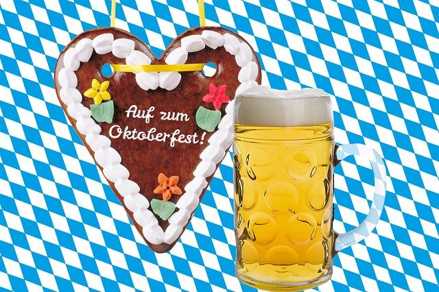 Oktoberfest:  Photo by stux (Pixabay)
