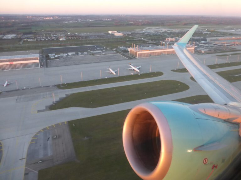 Flughafen München: Start in den Urlaub mit einem Flieger der SunExpress