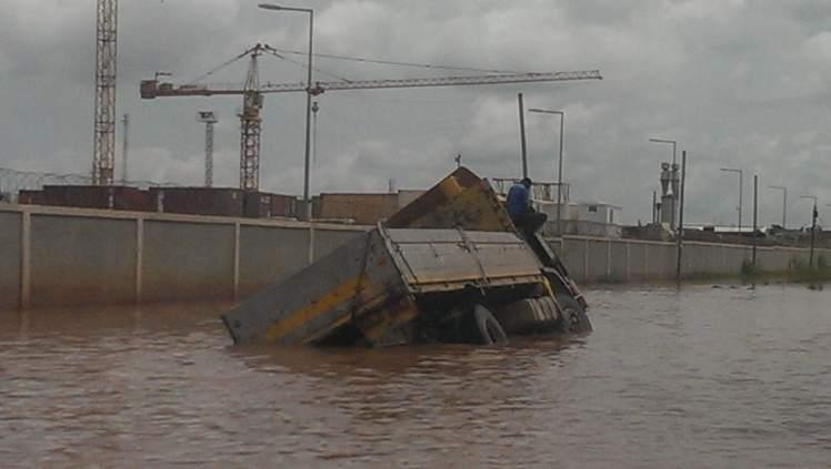 Mal kurz nach Angola: Besuch in einem der teuersten Länder der Welt