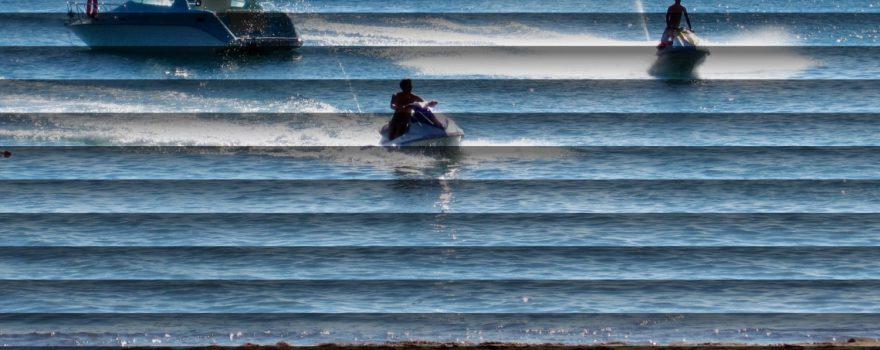 Strandurlaub hinter Jalousien
