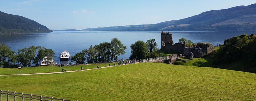 Scotland Loch Ness Castle Water  - grantynick / Pixabay